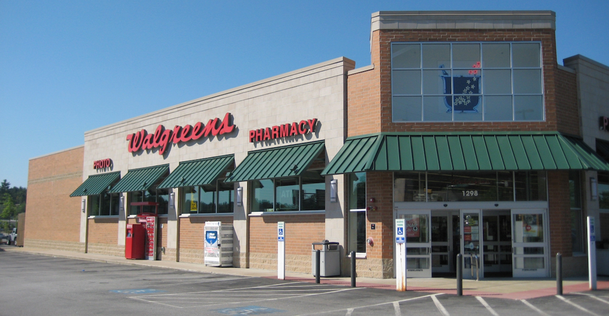 Walgreens, Hooksett, Landing Hooksett, NH